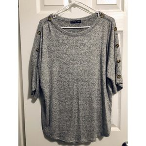 Button Accent Grey Top